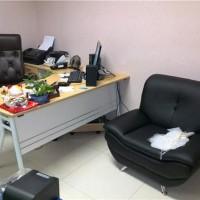 广州回收办公设备:办公台、屏风、桌椅板凳、沙发、茶几等